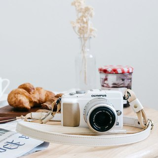 Camera Cable A02 Whipcream leather camera strap