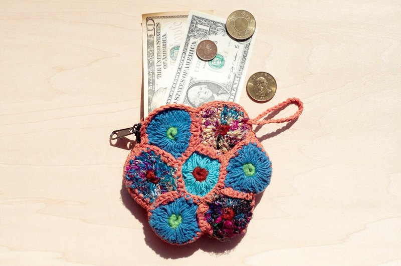 A limited edition hand-crocheted purse / storage bag / cosmetic bag - Hand twisted wire Sari flowers purse