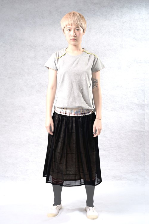 Painted jump color waist thin black yarn skirt