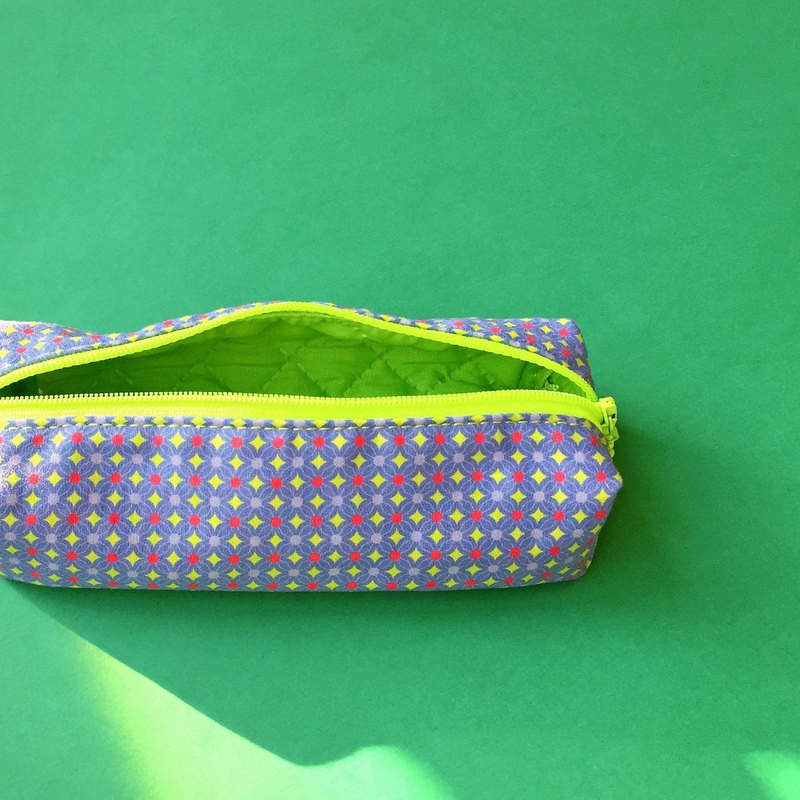 Green stars pencil bag