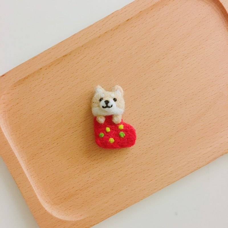 Shiba Inu Stockings - wool felt pins
