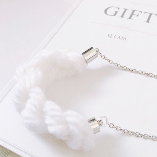 Knitted Wool Necklace - Pure White