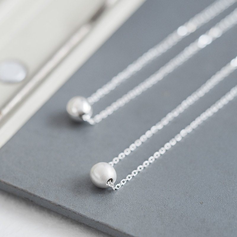 Matte & Glossy ball necklace silver 925