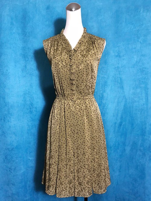Ruffled little textured vintage sleeveless dress / Bring Back VINTAGE abroad