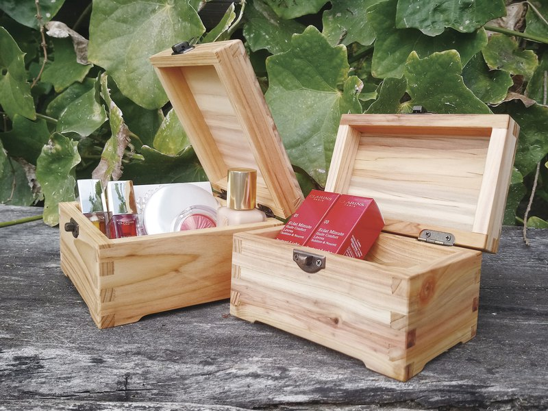 Log hand made engraving jewelry wooden box (new version) - Taiwan fir | storage essential