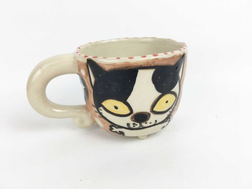 Nice Little Clay small four-legged cup black and white cat 0108-11