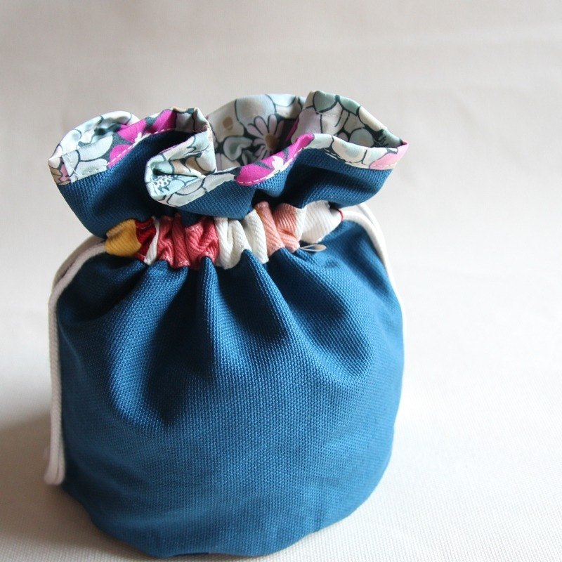 Bunched bag, Storage bag, Toiletry Bag, Makeup Pouch, Cosmetic Pouch, Cosmetic B