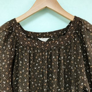 Dress / Brown Short-sleeves Floral Dress