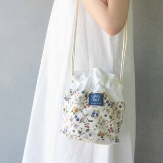 Side bucket bag _ small garden