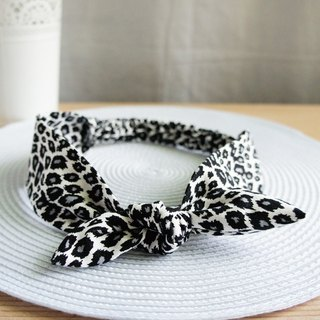 Lovely little black cat hair loose hair band, hair ring, black and white