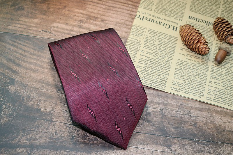 Red lightning pattern embroidered tie silk business versatile series