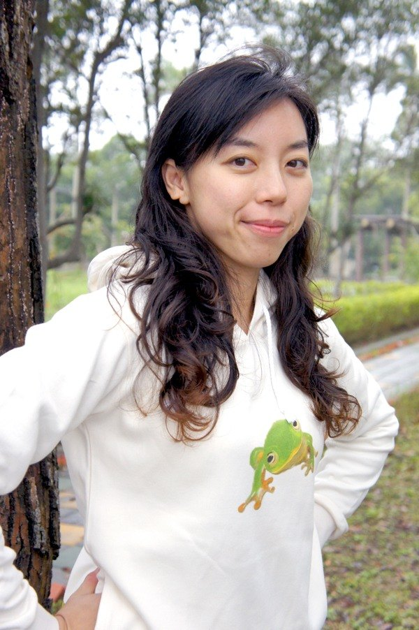 Taipei tree frog long-sleeved hooded T (girls section)