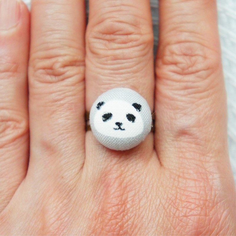 Lovely Japanese cloth [Panda PANDA adjustable ring] gray