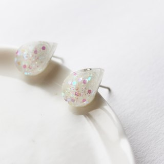 Rosy Garden Tear drop white resin earrings