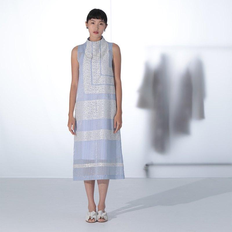 藍條紋拼接蕾絲無袖洋裝