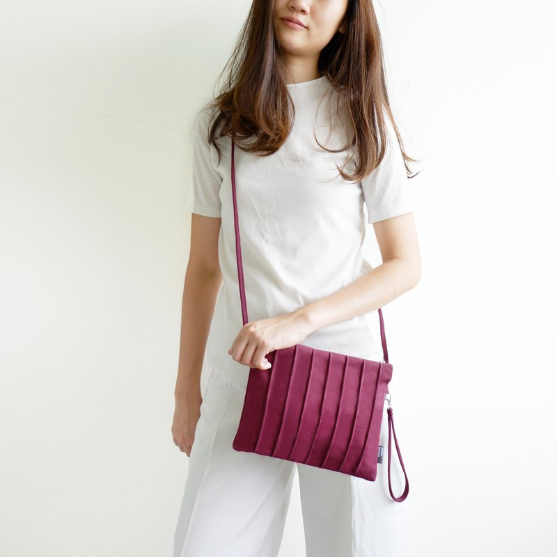 Red wine Slingbag