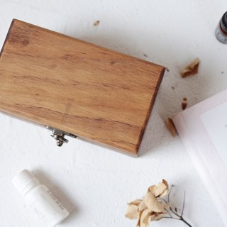 Walnut clamshell wooden box