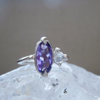 Ring of amethyst and moonstone