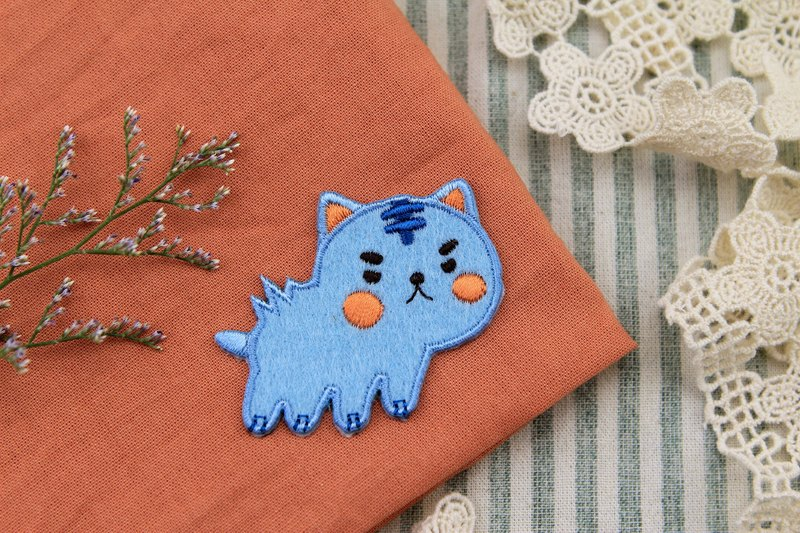 Love angry blue meow self-adhesive embroidered cloth stickers - Baby meow meow series