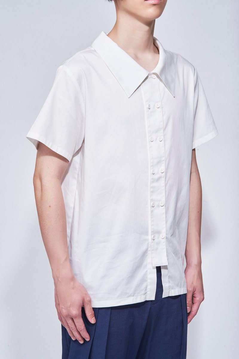 8 lie down . Front double-breasted shirt