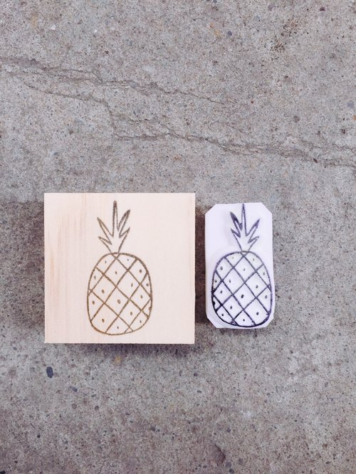 Cover which hand seal [great luck big pineapple _ normal pineapple]