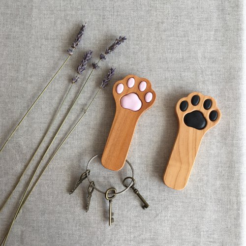 """Limited"" Key chain paw <long version>""Taiwan Cypress"""