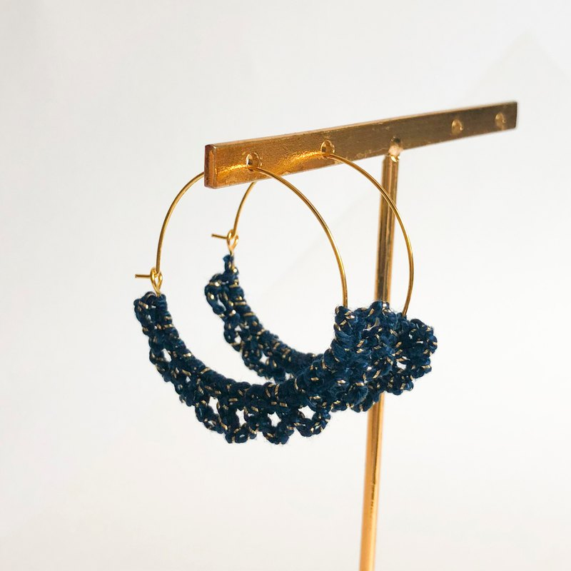 Bujielite- Crochet Gold Rounded Hoop Earring_with Blue thread