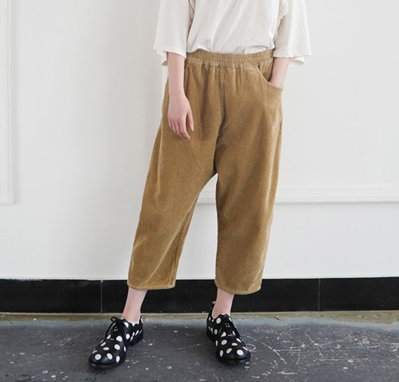 Wicked camel pants - imakokoni