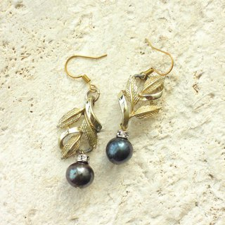 Antique gold leaf with black pearl drop earrings
