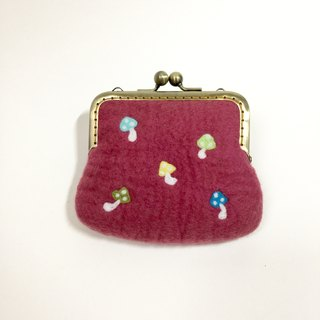 Berry mushroom wool felt mouth gold package
