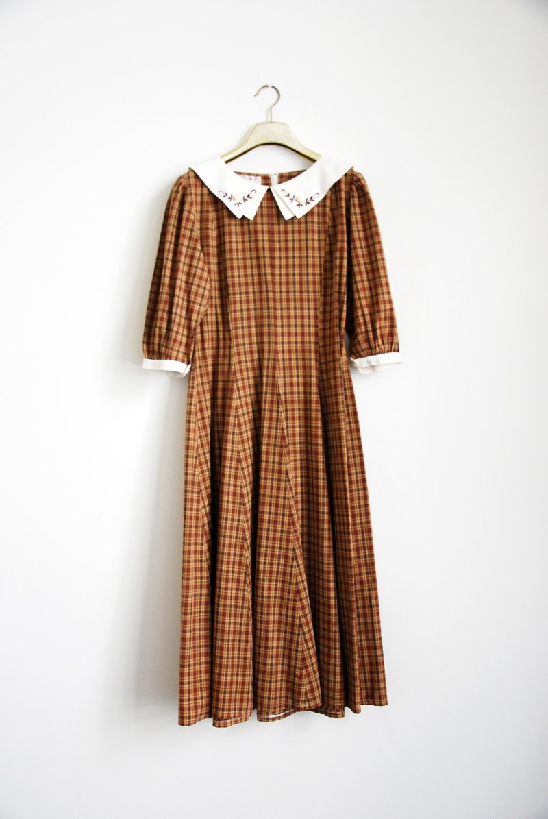 Vintage double collar flower dress