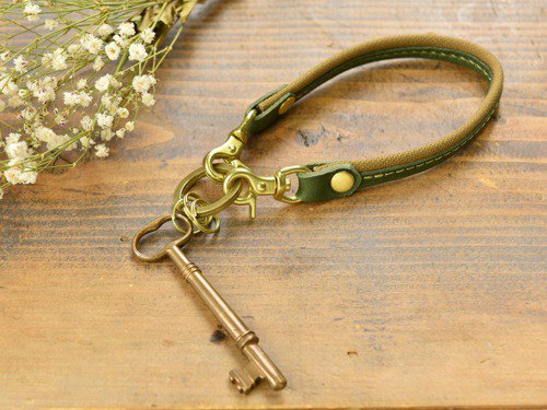 [Popularity] Multi-functional key chain of leather and Takashima canvas green x green