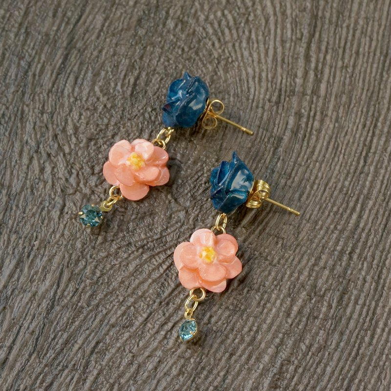=Pinkoi Exclusive= Navy Blue x Coral Orange Rose Camellia Earrings/Clip on