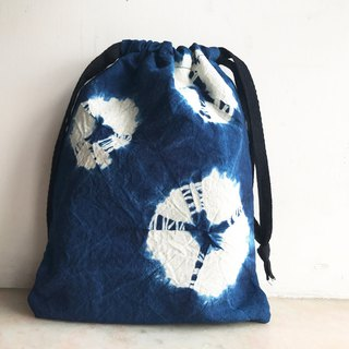 Blue dyed medium-sized bundled mouth rope bag |