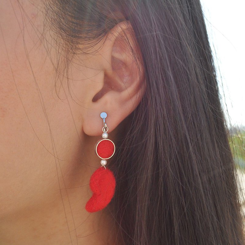 Semicolon wool felt earrings / ear clips