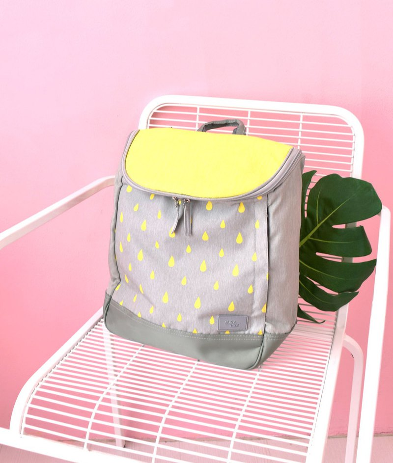 yellow laptop backpack,school backpack,medium backpack