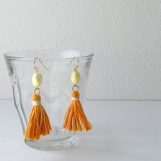 "Glittering tassel earrings earring ""Gocha-Orange 2"""