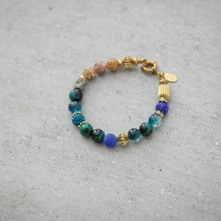 Small planet natural stone beaded bracelet brass
