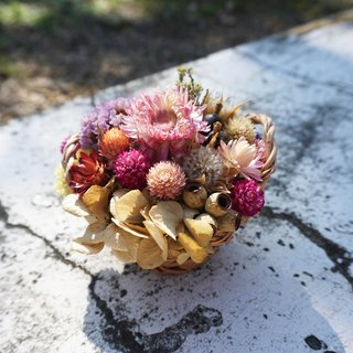 Small dried flower basket*exchange gifts*Valentine's Day*wedding*birthday gift