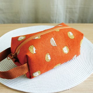 Lovely [Japanese cotton and linen] large capacity hedgehog toast stationery control pen bag, coffee orange E out of print spot