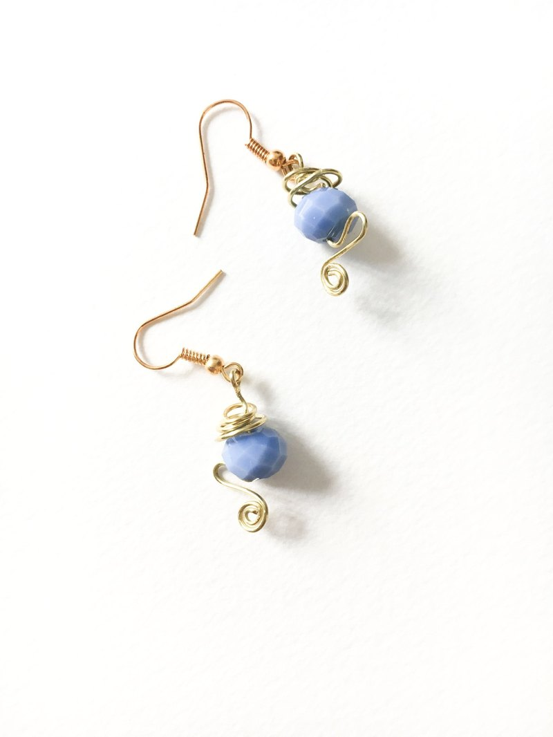 M for _! / Lake blue retro lantern earrings