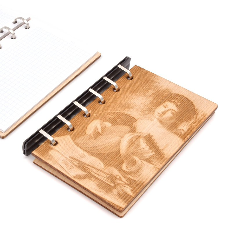Art board painting loose-leaf notebook - Carava Chijout player | Original wood carving manual
