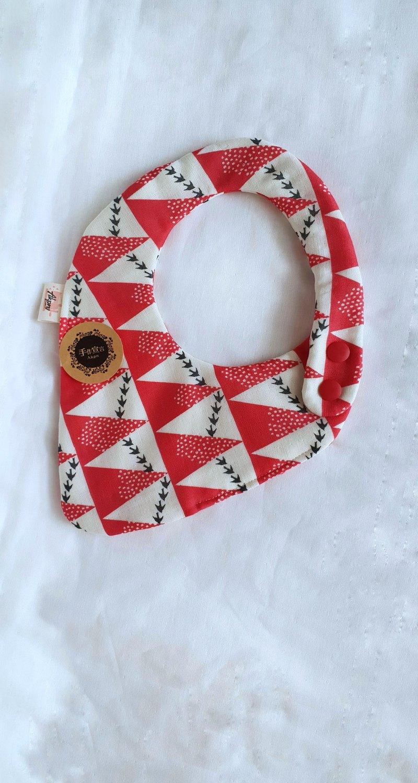 古家悅子布款-山形圖-八層紗100%cotton雙面草莓型圍兜.口水巾