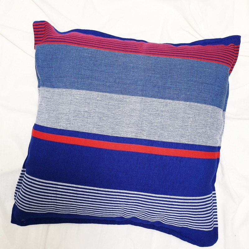 Cushion Cover 46cm Square in F4