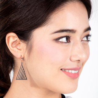 Op Triangle Earring (L) (Grey) | illusion Collection