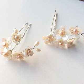 喵 hand made ~ shell plum small U hair 钗 (pair)