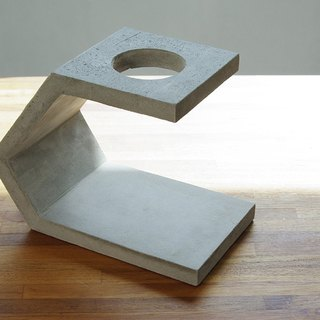 Cement hand punch coffee holder B