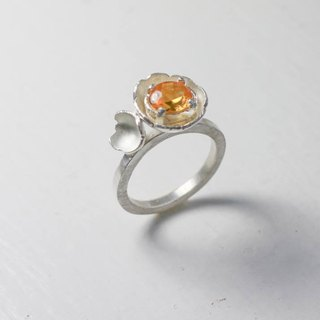Corundum flower ring