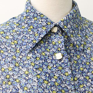 Vintage Japanese Made Elegant Blue Dark Floral Short Sleeve Vintage Shirt Vintage Blouse