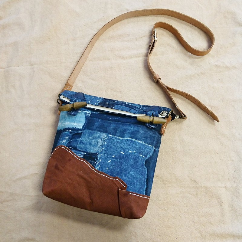 False Patchwork / blue stitching printing retro Japan BORO embroidered leather messenger bag / shoulder bag